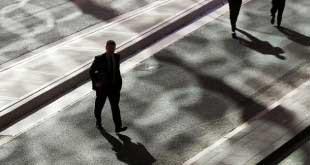 Yüksek Gelirli Yatırımcılar Hisse Senedine Yöneliyor!