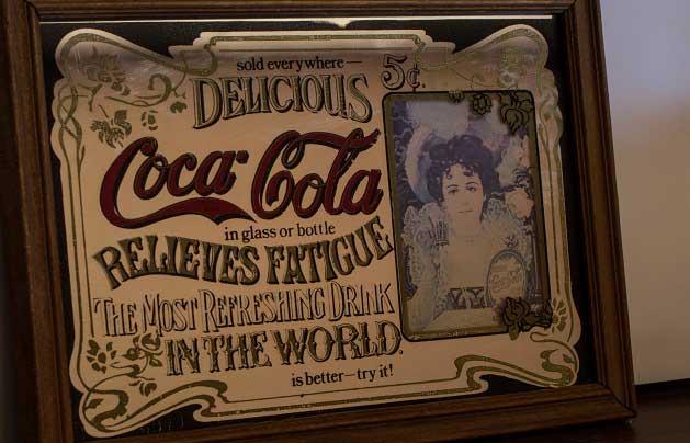 Hilda Clark'ın Olduğu İlk Reklam Afişlerinden Biri