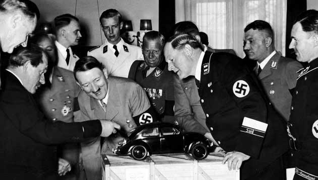 Ünlü Adolf Hitler ve Beetle Fotoğrafı