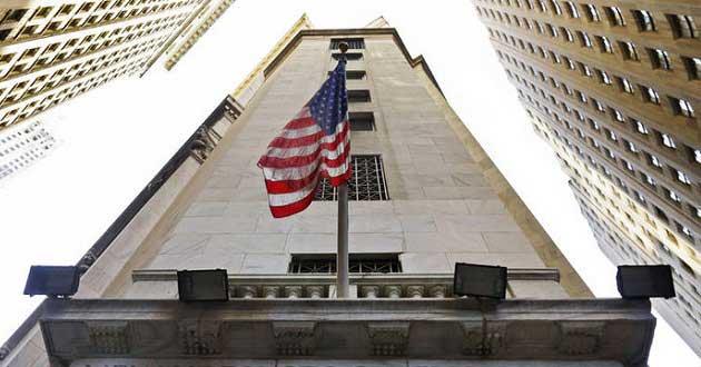 ABD Hisseleri Cansız Verilerle Rekordan Geriledi