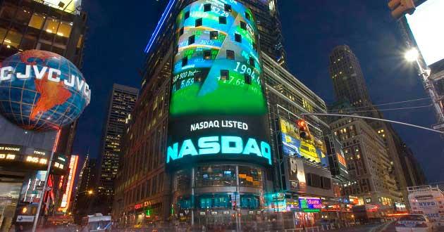 Nasdaq 100 Endeksi 15 Yılın Zirvesine Yaklaştı